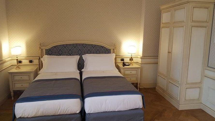 Camera deluxe twin hotel marconi milano