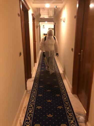 Sanificazione ozono corridoi hotel marconi milano