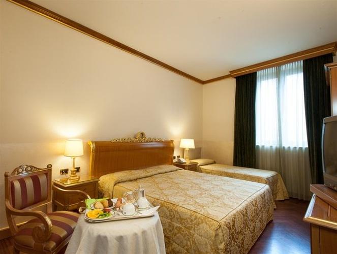 Camera tripla Hotel Marconi Milano